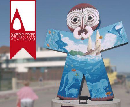 """Santander world """"Oceanía"""". Escultura en acero intervenida por Tomás Hoya Cicero. Arte urbano, cinco esculturas representando a los cinco continentes."""